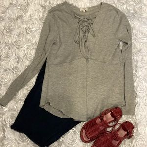 EUC Umgee Heather Gray Lace Up Top Size Small